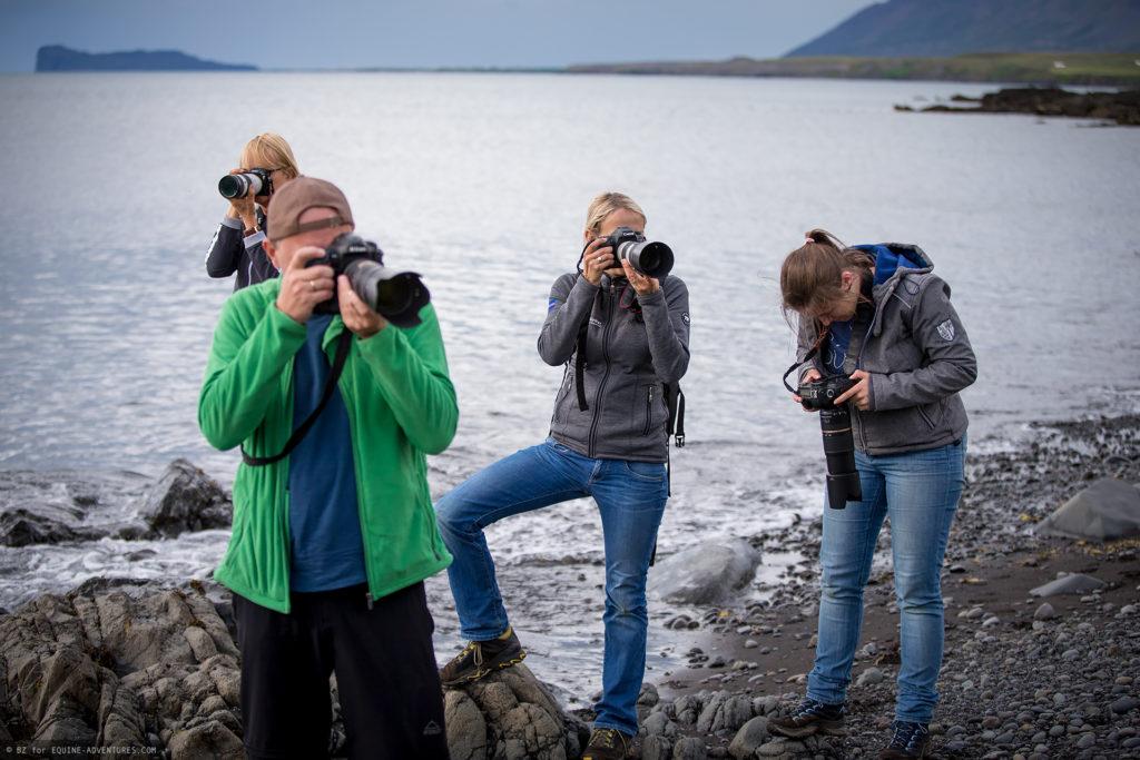 ea-fotoreise-island-teilnehmer-felsstrand